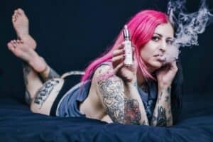 (notitle) boss lady vaper