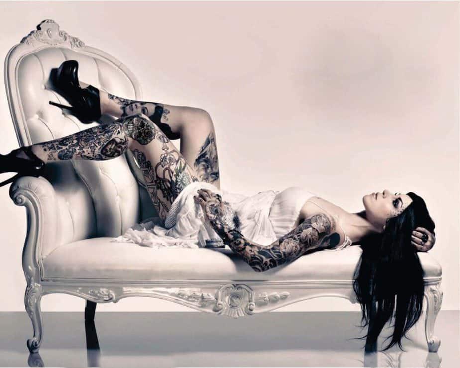Kat Von D - Tattoo Model modella tatuaggi